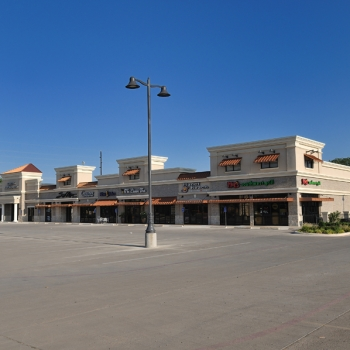 LNB & Retail Shopping Center